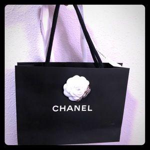 Chanel Shopping bag